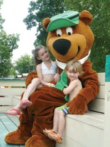 Seasonal Rates Yogi Bear Image - jellystone park fort atkinson