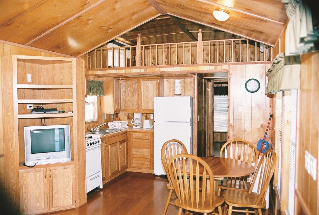 Cabin Rates Rentals Amp Amenities Jellystone Fort